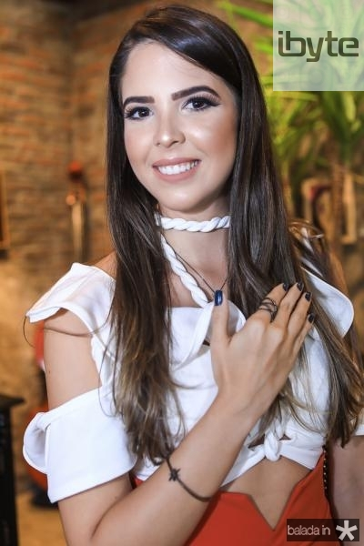 Yasmin Magalhaes