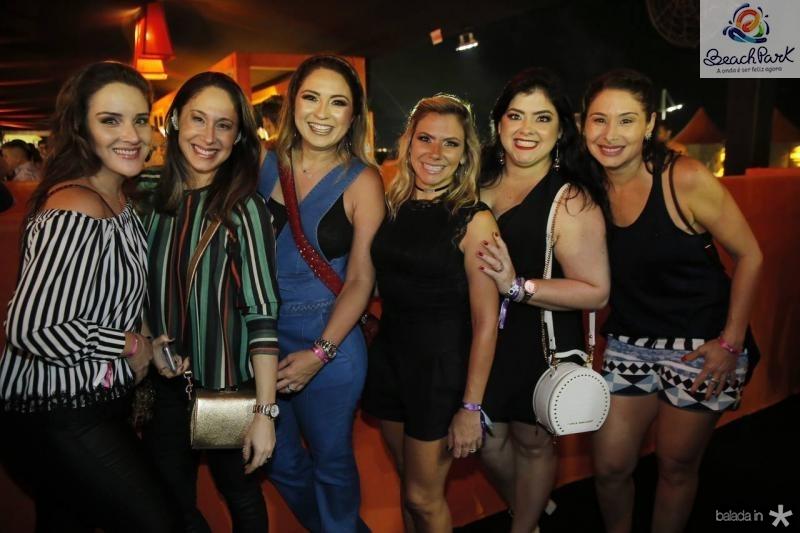 Natalia Marques, Larissa Coelho, Marcela Camurca, Vanessa Queiros, Vivi Almada e Livia Leite