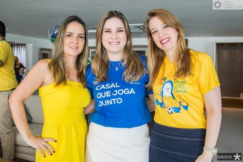 Raquel Vasconcelos, Maria Clara Dallolio e Marina Vale