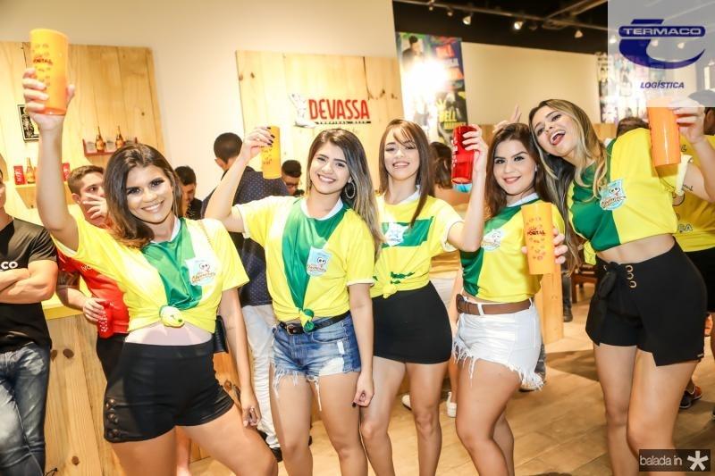 Ana Jessila, Simara Maia, Janaina Rodrigues, Rebeca Aires e Natalia Farias