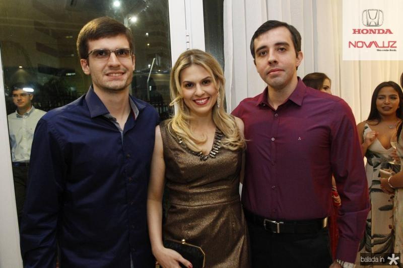 Rodrigo, Camila e Breno Moreira de Sousa