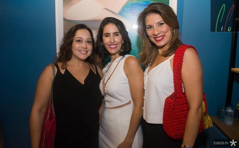 Tina Camara, Tarita Beloti e Sadah Kikomoto