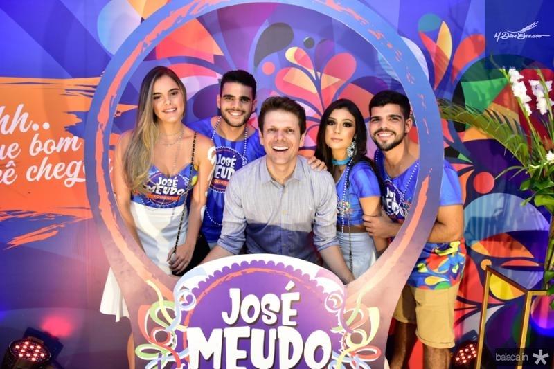 Nicole Vichneki, Fernando Costa, Jose Meudo, Ingrid Aguiar e Lucas Costa