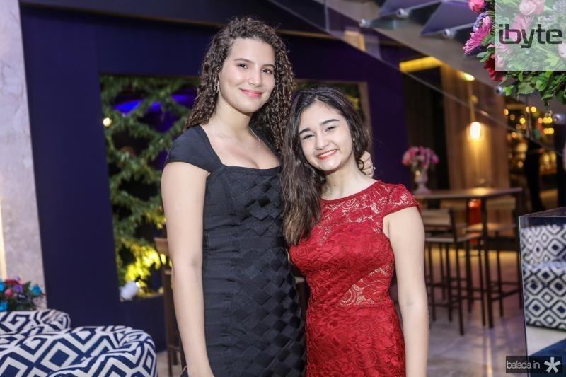 Mariana Holanda e Carol Rosado
