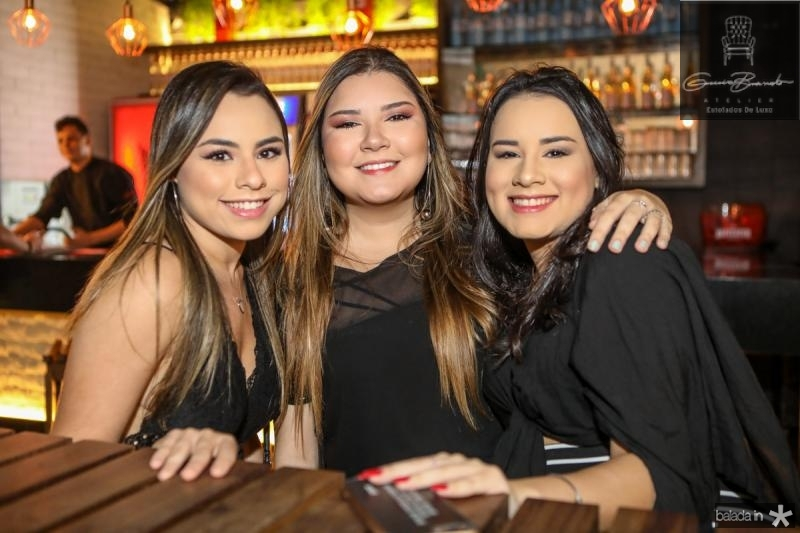 Jamile Braga, Valentina Vidal e Sabrina Braga