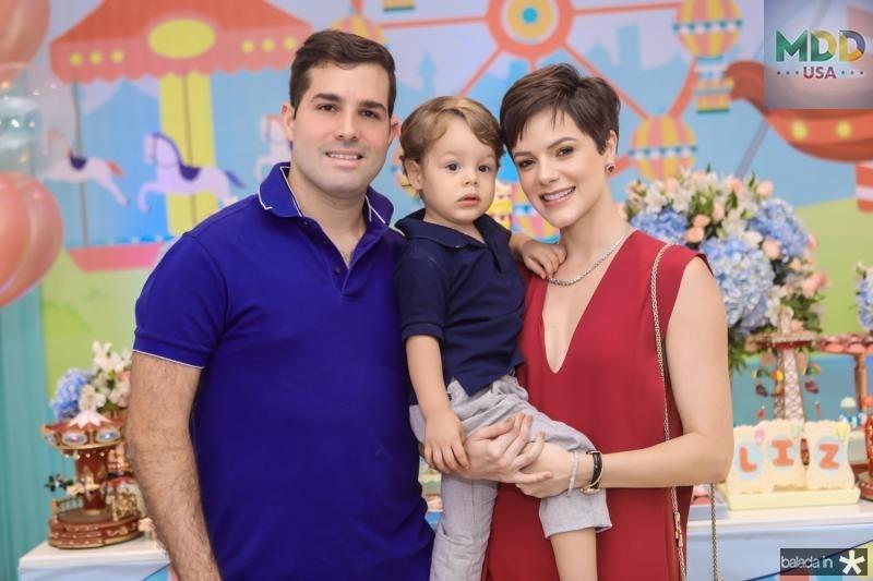 Felipe, Bento e Paulinha Rocha