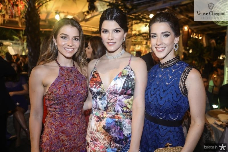 Flavia Melo, Liana e Sarah Brasil