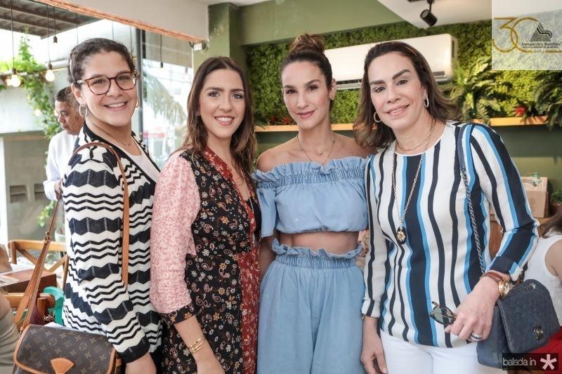 Carol Ary, Roberta Ary, Marcela Carvalho e Cristina Ary