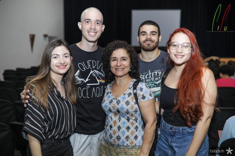 Clara de Castro, Matheus Conde, Rosane Campos, Marcos Amapos e Amanda Torres
