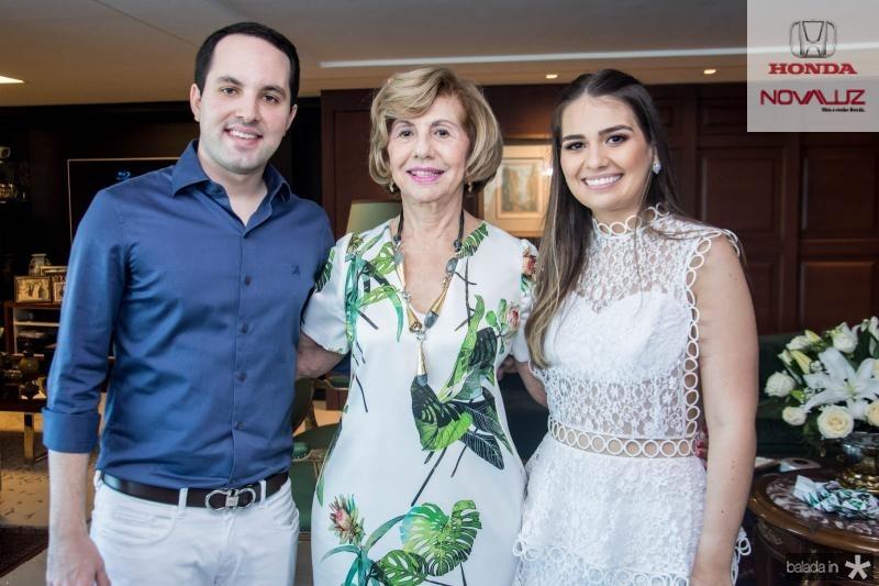 Tomas Moraes, Selma Câmara e Manuela Câmara