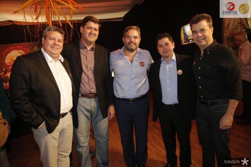 Bob Santos, Rafael Rodrigues, Edson Queiroz Neto, Pompeu Vasconcelos e Duda Brigido