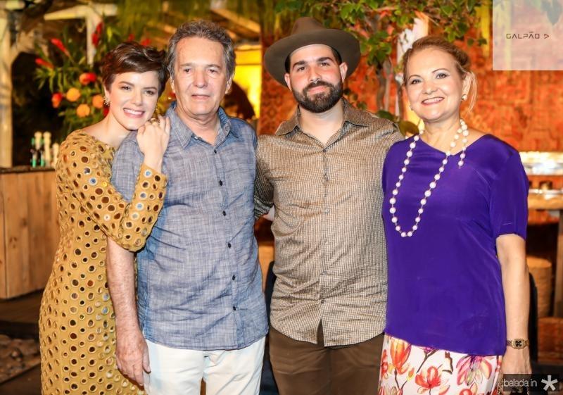 Paulinha, Claudio, Felip e Lenise Rocha