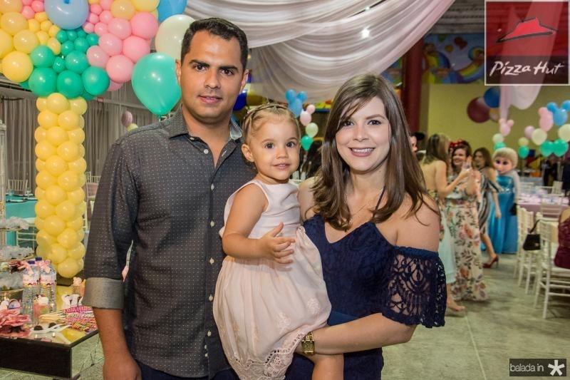 Raul, Lara e Suyane Gurgel