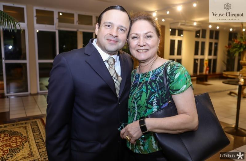 Igor Barroso e Paula Frota