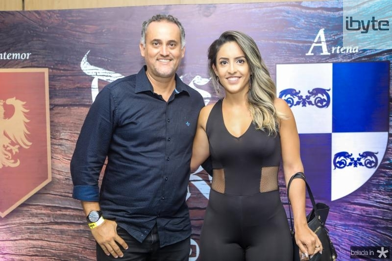 Paulo Henrique Donato e Karina Salgado