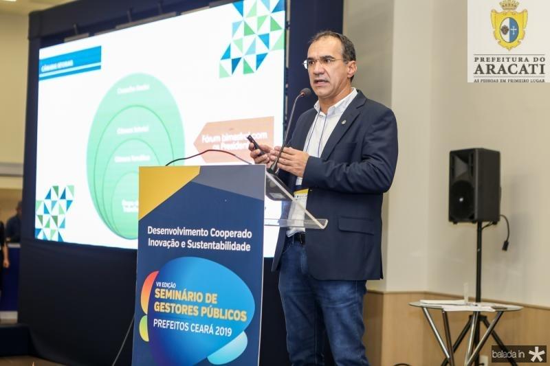 Eduardo Neves