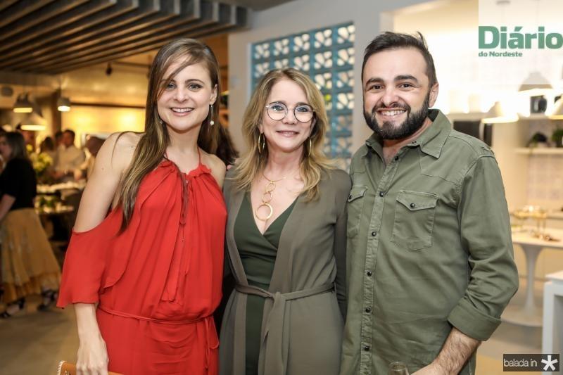 Ana Virginia Furlani, Sophia Linhares e Ramiro Mendes