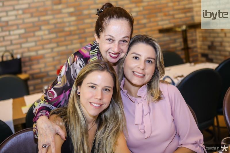 Mirela Rocha, Tania Leitao e Jessica Rocha