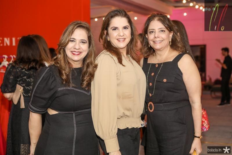 Martinha Assunçao, Isabel Ary e Claudia Gradvol