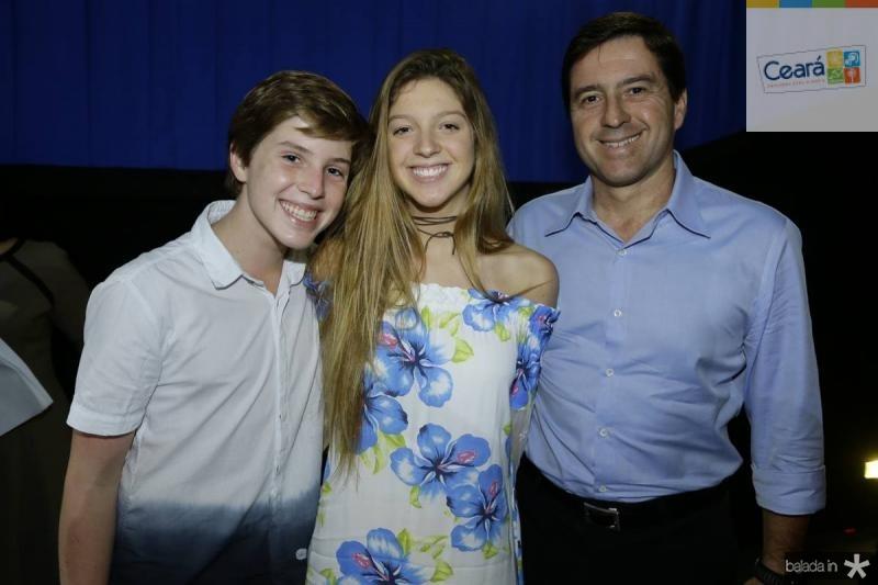 Gustavo, Marilia e Igor Ribeiro