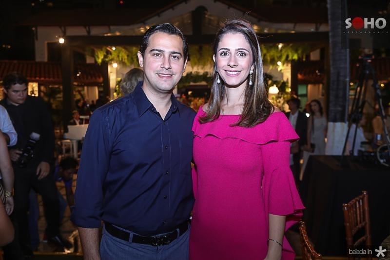 Paulo e Sarah Rolim