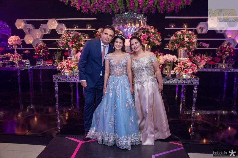 Armando, Amanda e Geisa Praca