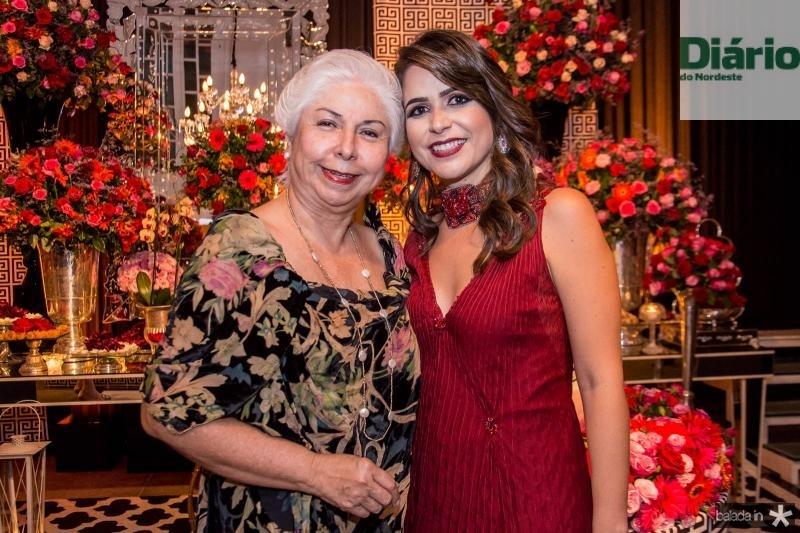 Alodia Guimaraes e Camila Benevides
