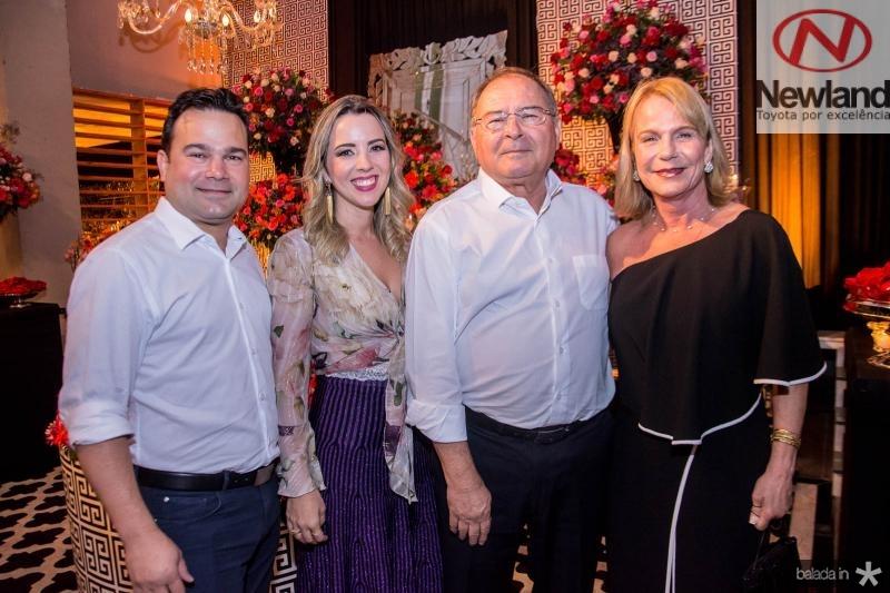 Vitor, Sabrina, Edmilson e Sara Lima