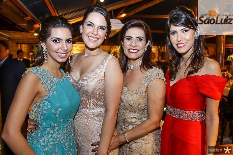 Carla, Larissa, Marcia e Flavia Laprovitera