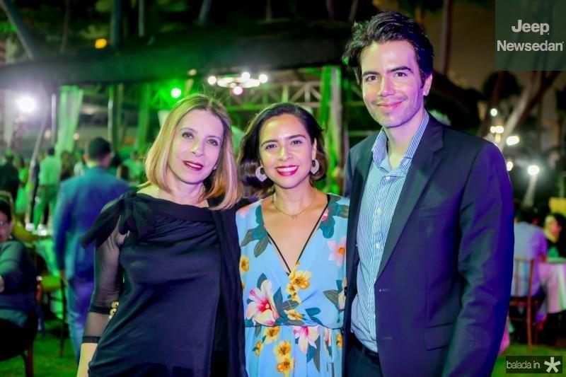 Liegi Monteiro, Mayara Magalhaes e Luiz Fernando Coutinho