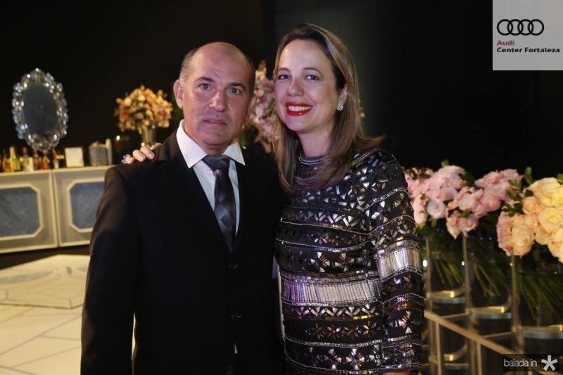 Rony e Adriana Ximenes