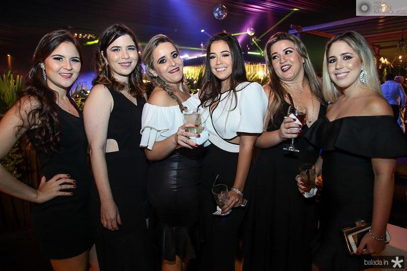 Rafaela de Castro, Sarah Silveira, Natalia Facundo,  Beatriz Facundo, Aline Facundo e Laura Facundo