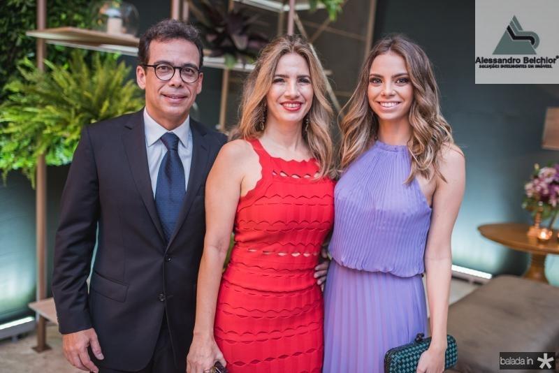 Gustavo Porto, Karmilse Marinho e Nicole Marinho