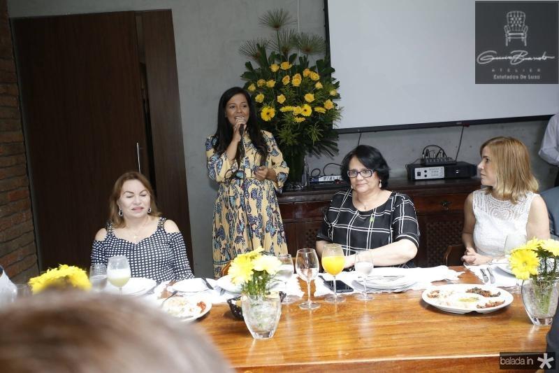 Gorete Pereira, Priscila Costa, Damares Alves e Maira Pinheiro