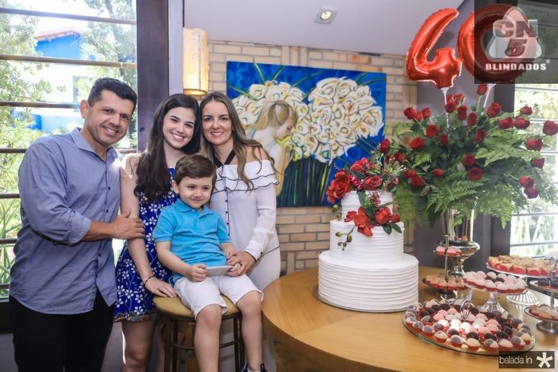 Erick, Beatrice, Erick e Raquel Vasconcelos