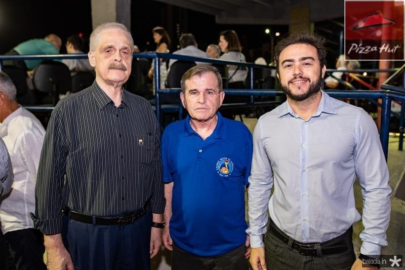 Antonio Bastos, Arruda e Leo Arruda