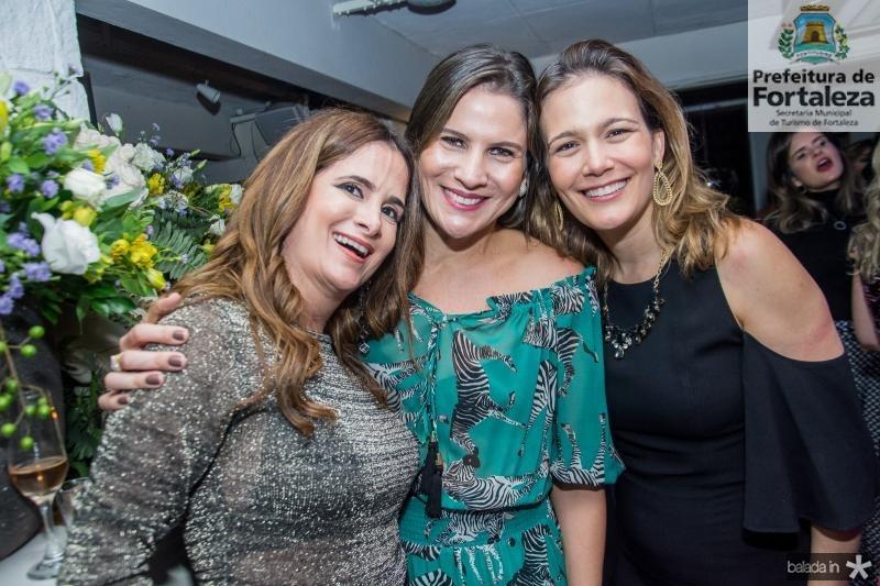 Adriana Bezerra, Luciana Borges e Tissiana Sidrim
