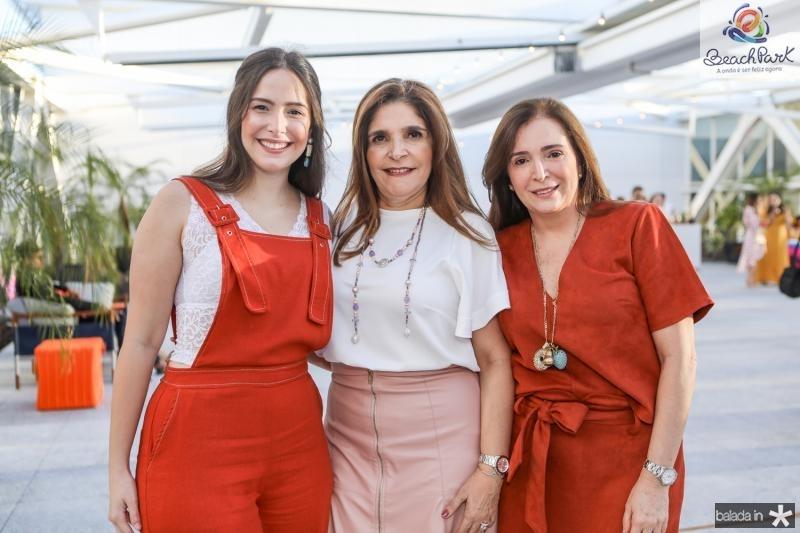 Marcela Teixeira, Cristiane Figueiredo e Adriana Teixeira