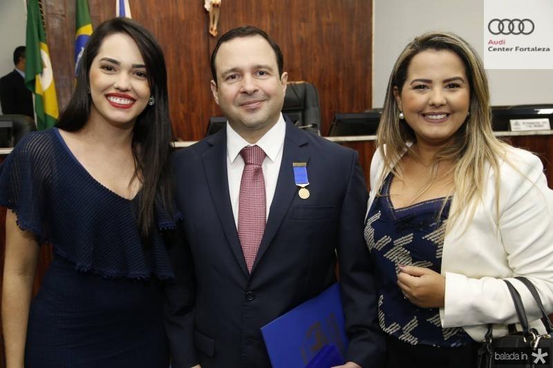 Carol Vasconcelos, Igor Barroso e Raisa Ridia