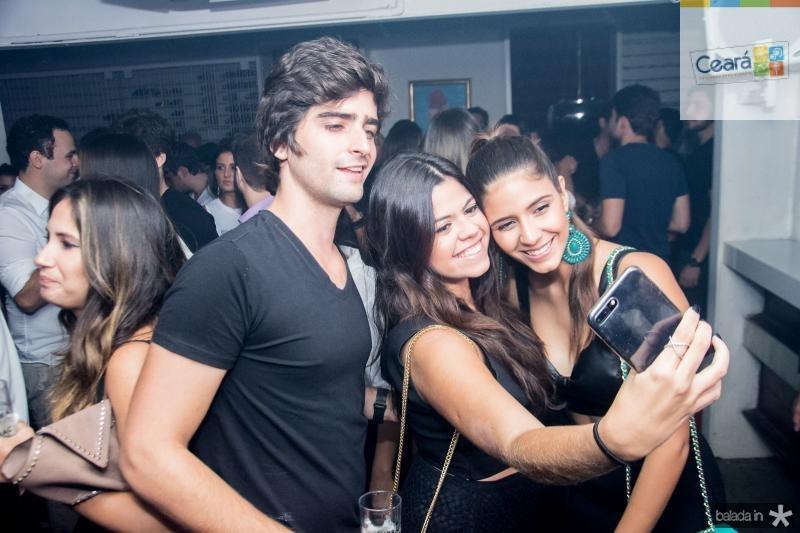 Andre Carneiro, Marcella Adjafre e Tereza Barros