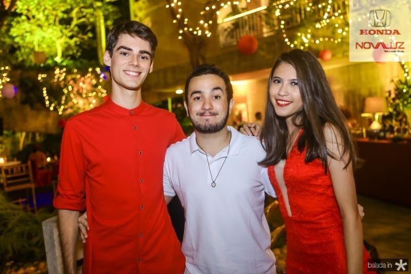 Lauro Costa, Mateus Sebbe e Fernanda Leticia