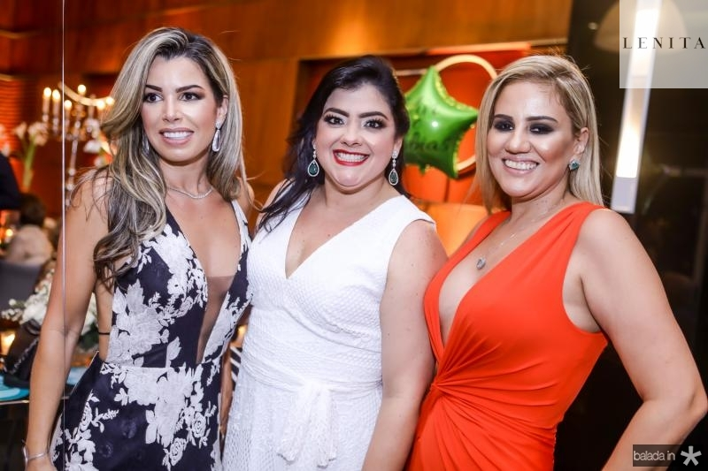 Daniele Batista, Vivi Almada e Adriana Lira
