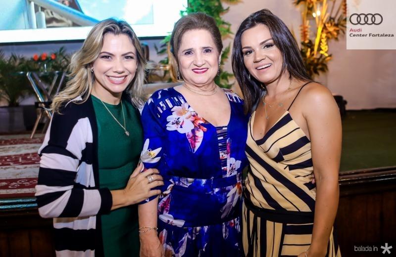 Vanessa, Auricelia e Katarine Queiros