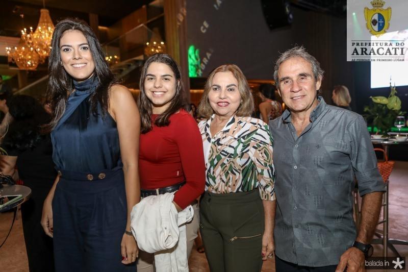 Sabrina Marinho, Brena Veras, Justa Veras e Fernando Barroso