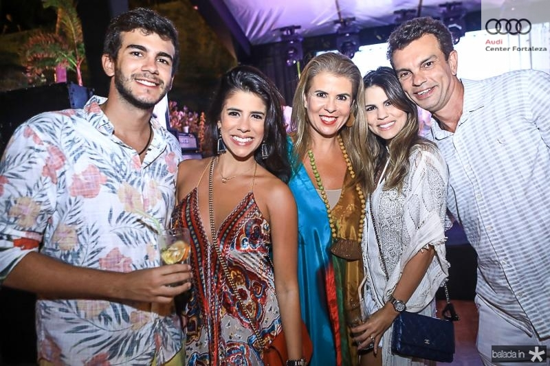 Felipe, Marcela, Alexandra, Mariana e Fred Pinto
