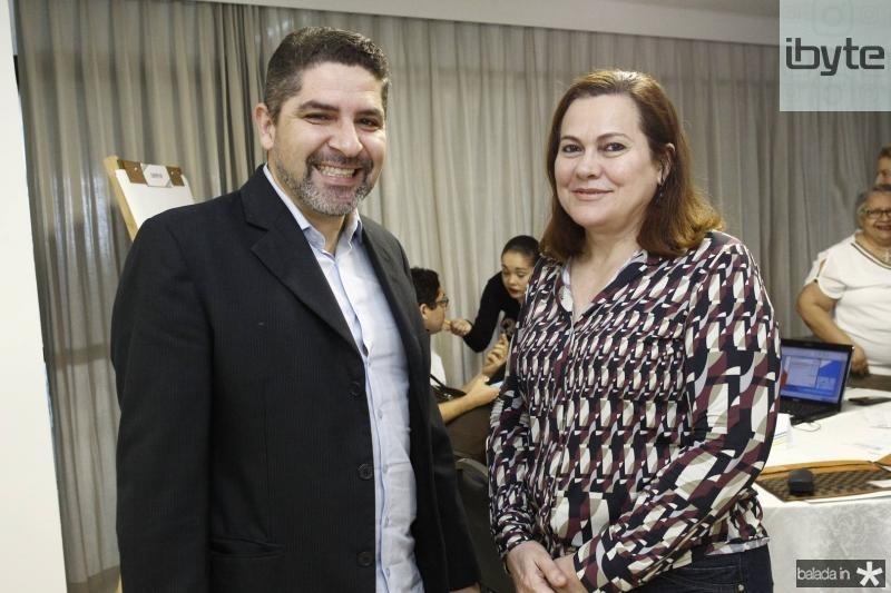 Hermes Monteiro e Marta Campelo