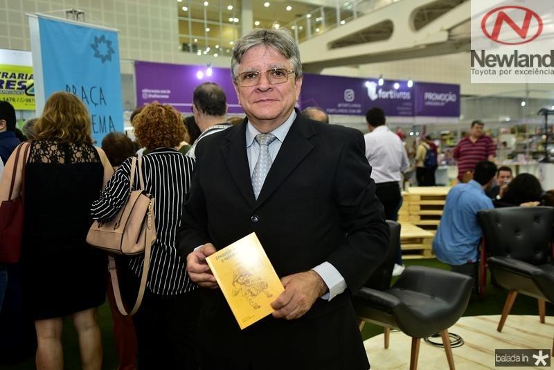 Marcio Brasileiro