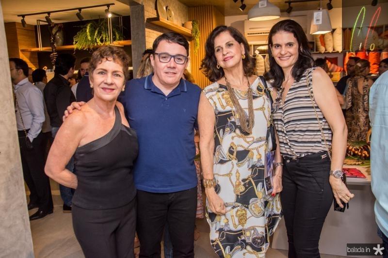 Lilia Quindere, Junior Gomes, Elizabeth Fiuza e Daniele Araujo