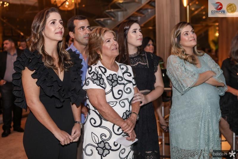 Ticiana, Felipe, Lucia, Isabel e Mariana Mota