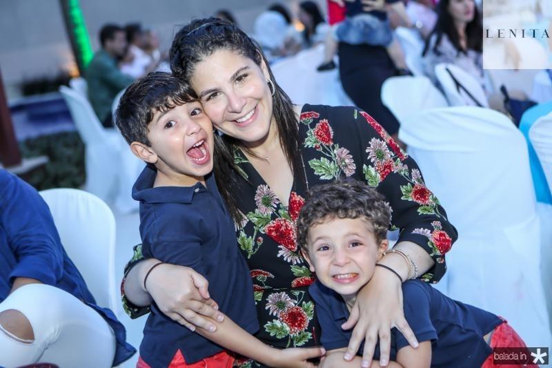 Mateus, Carolina e Joao Ary